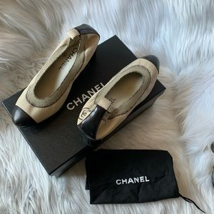 CHANEL Spirit Two Tone Stretch Cap Toe Pump